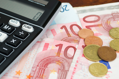 Sofort 650 Euro bar Autokredit leihen